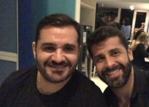 Marcelo Cosme posa ao lado de seu namorado, o médico Frankel Brandão (foto: Reprodução/Instagram)