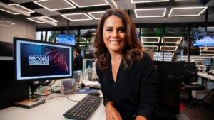 Adriana Araújo prestes a mudar de emissora (foto: Record/Edu Moraes)