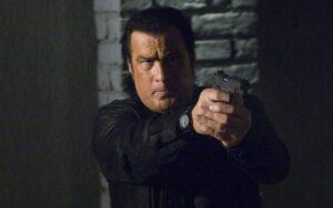 Na Record, o filme Força de Ataque, exibido na Tela Máxima, foi vice-líder contra Fábrica de Casamentos, do SBT (foto: Reprodução)