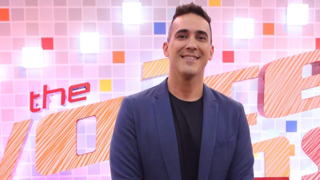 André Marques continuará na apresentação do The Voice Kids (foto: Reprodução/TV Globo)