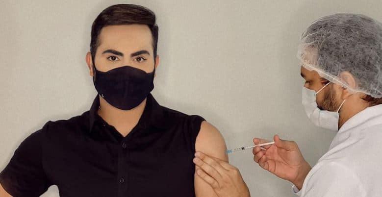 Arthur Benozatti negou ter furado a fila da vacinação do coronavírus (foto: Reprodução/Instagram)