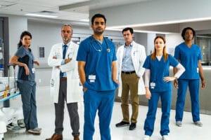 Transplant é a nova série exclusiva Globoplay (foto: Divulgação/Globo)