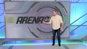 Benjamin Back apresenta o Arena SBT: programa terá edições especiais na final da Libertadores (foto: Divulgação/SBT)