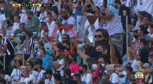 Faustão foi flagrado na arquibancada da final da Libertadores (foto: Reprodução/SBT)