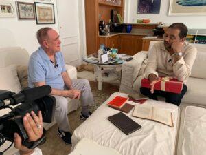 Geraldo entrevista Renato Aragão para estreia do seu novo programa na Record (foto: Edu Moraes/Record)