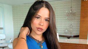 A influenciadora Laura Brito recebeu caixa misteriosa do BBB fot