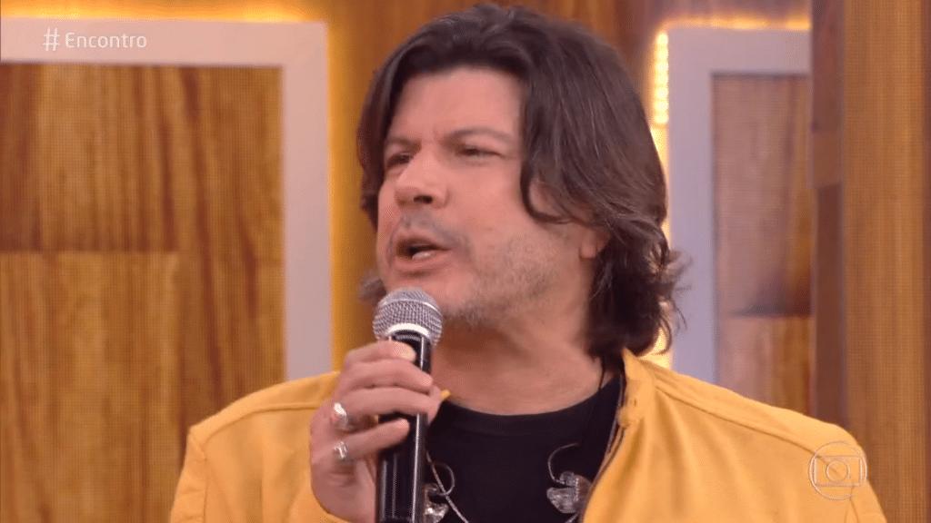 Paulo Ricardo é o intérprete da música tema do BBB21 (foto: Reprodução/TV Globo)