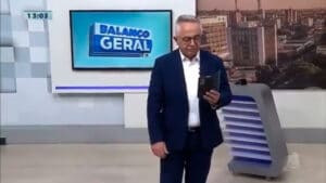 Sérgio Cursino, do Balanço Geral Sergipe, caiu em piadinha infame (foto: Reprodução/TV Atalaia)