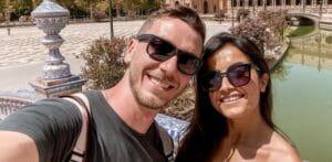 A influenciadora Vanessa Lino posa ao lado de seu marido (foto: Reprodução/Instagram)