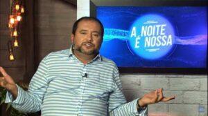 Geraldo Luís foi contaminado pelo coronavírus e se afastou do A Noite é Nossa (foto: Reprodução/Record)