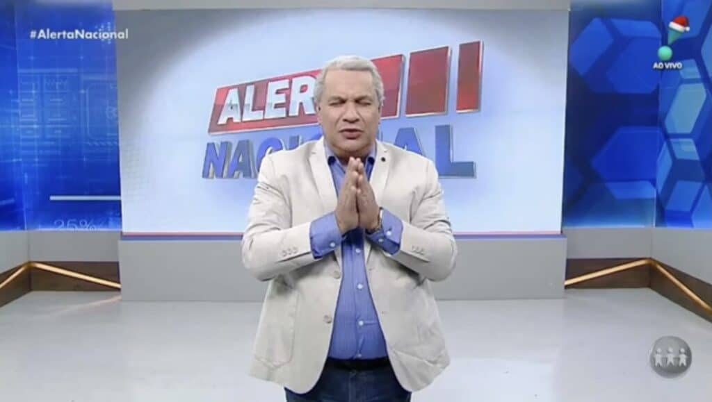 Sikêra Jr. em sua última aparição no Alerta Nacional, em 31 de dezembro (foto: Reprodução/RedeTV!)