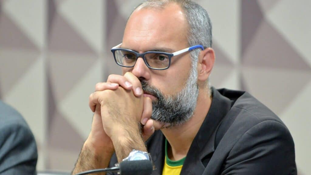 Canais do Terça Livre foram banidos do YouTube; Allan dos Santos é o criador do site (foto: Reprodução)