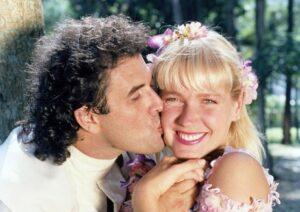 Sérgio Mallandro e Xuxa no filme Lua de Cristal, de 1990 (foto: Reprodução)