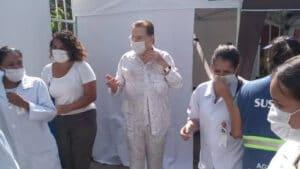 Silvio Santos recebe a primeira dose da vacina contra covid-19 (foto: Reprodução)
