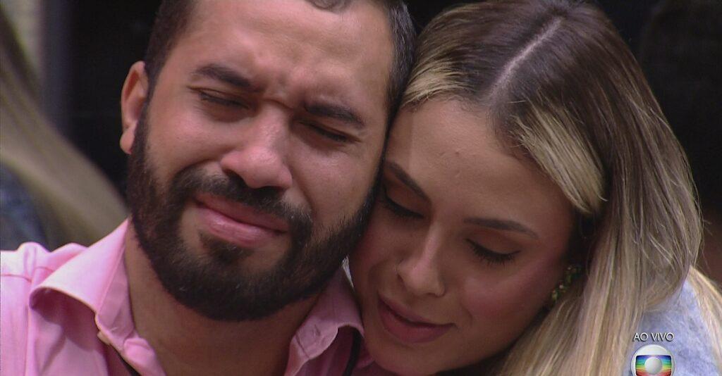 Gilberto Nogueira e Sarah Andrade no episódio de terça (9/02) do BBB21: recorde de audiência (foto: Reprodução/TV Globo)
