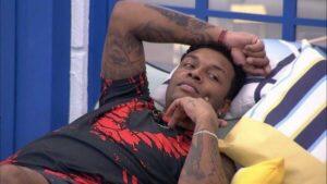 Nego Di insinuou que se masturbaria se tivesse que dormir com Carla Diaz (foto: Reprodução/TV Globo)