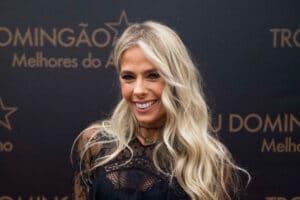 Adriane Galisteu substituirá Gugu Liberato no comando do Power Couple Brasil (foto: Divulgação/TV Globo)