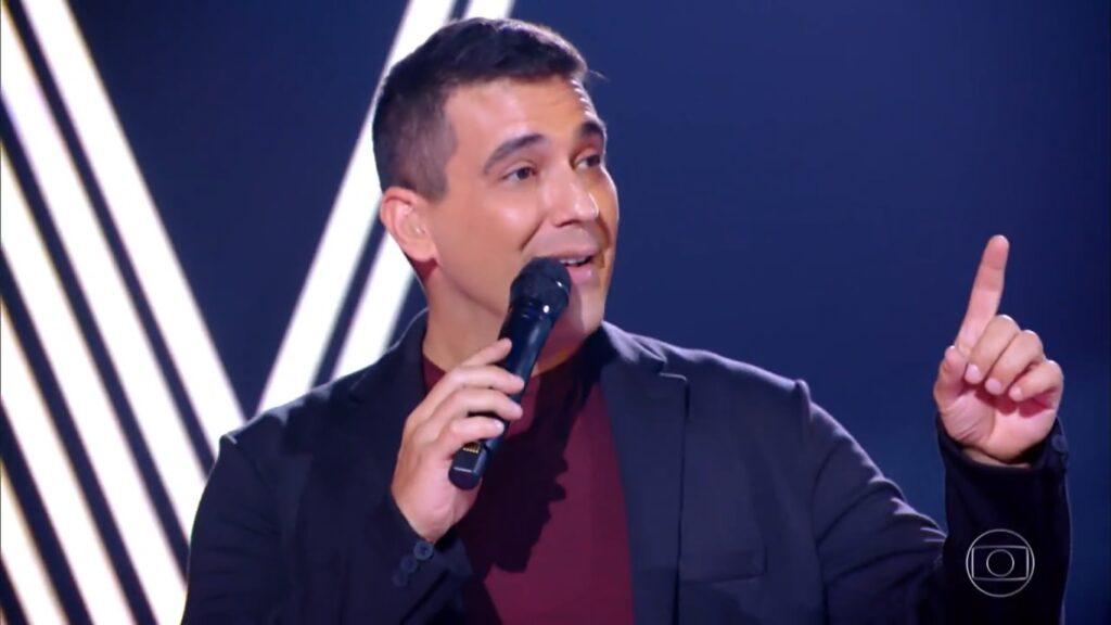 André Marques no The Voice + de 28 de fevereiro: recorde de audiência (foto: Reprodução/TV Globo)