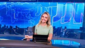 Taís Lopes está de volta à TV Verdes Mares após quase um ano na CNN Brasil (foto: Globo/João Cotta)