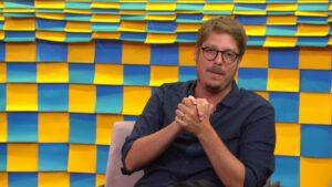 Fábio Porchat foi afastado da Globo após testar positivo para Covid-19 (foto: Reprodução/GNT)