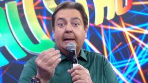 Em seu último ano na Globo, Faustão voltará a sabatinar os ex-participantes do BBB (foto: Reprodução/TV Globo)