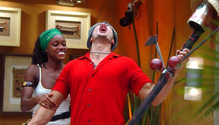 Vanessa e Kleber Bambam disputaram o prêmio na final do Big Brother Brasil 1 (foto: Jaq Joner/Globo)
