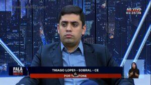 Guilherme Grando apresentou edição do Fala Que Eu Te Escuto que fez panfletagem pró-governo (foto: Reprodução/Record)