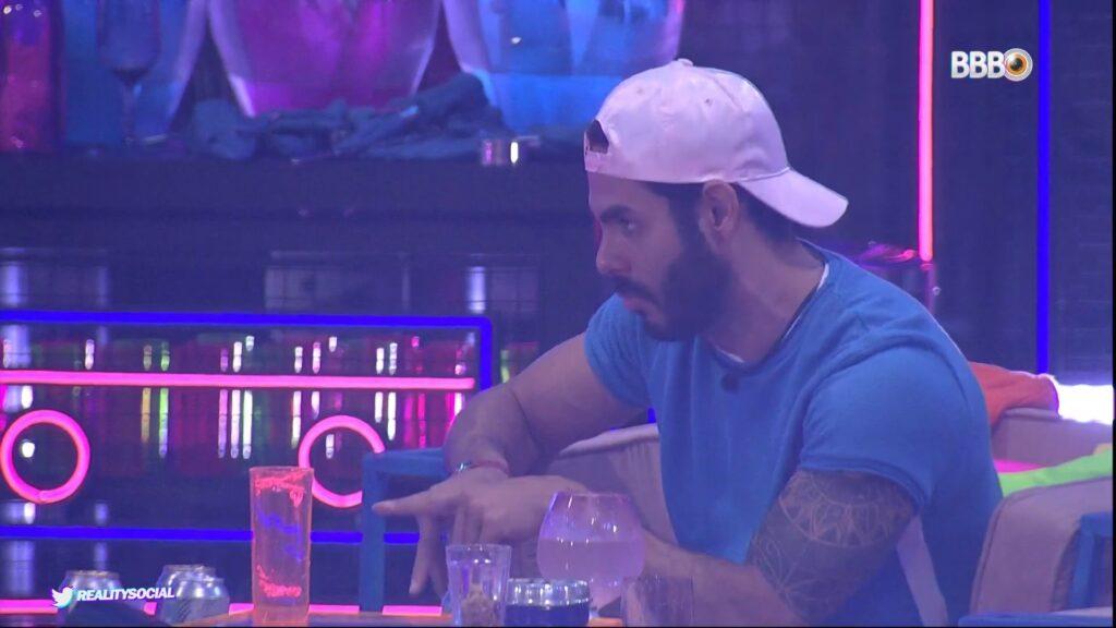 Rodolffo voltou a causar polêmica em festa do BBB (foto: Reprodução/TV Globo)