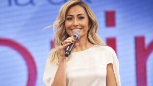 Sabrina Sato foi escolhida para a apresentação de Ilhados (foto: Divulgação/Record)