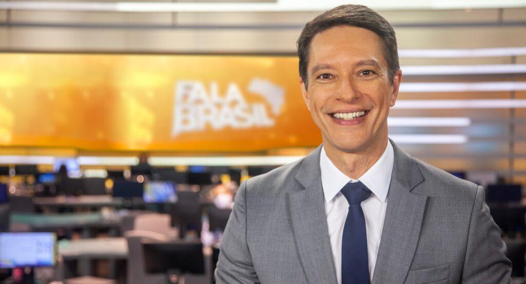Sérgio Aguiar ficará afastado do Fala Brasil por problema vocal (foto: Edu Moraes/Record)