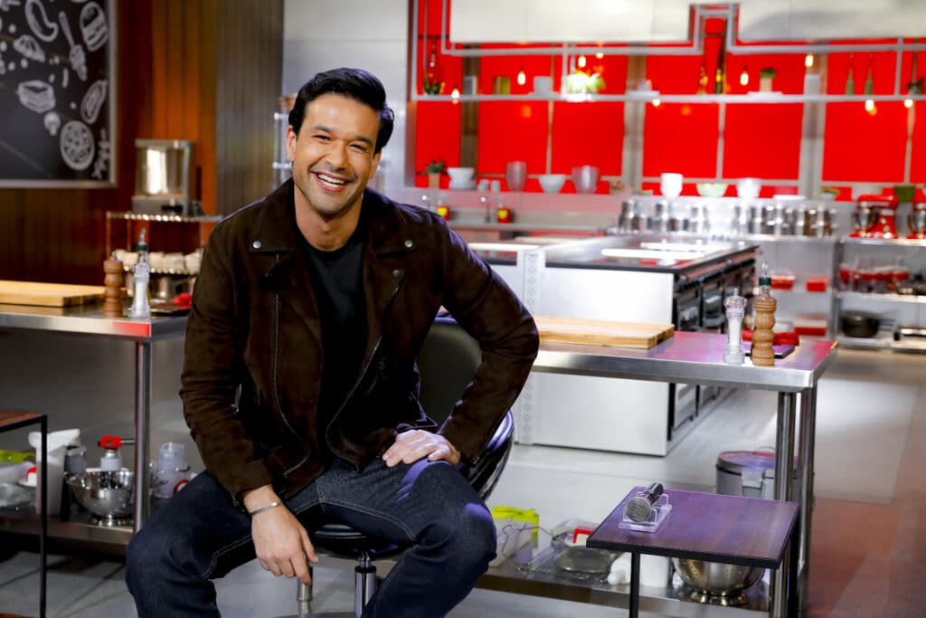 Sergio Marone estreará como apresentador no SBT no reality Mestres da Sabotagem (foto: Beatriz Nadler/SBT)