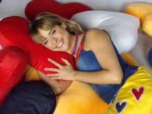 Juliana Silveira interpretou Flor nas duas temporadas de Floribella na Band (foto: Divulgação/Band)