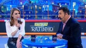 Rachel Sheherazade e Ratinho no quadro Dois Dedos de Prosa, do Programa do Ratinho em 2015 (foto: Reprodução/SBT)