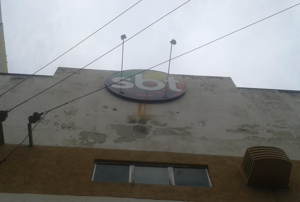 Fachada do prédio usado pelo SBT Rio em 2013 (foto: Reprodução)