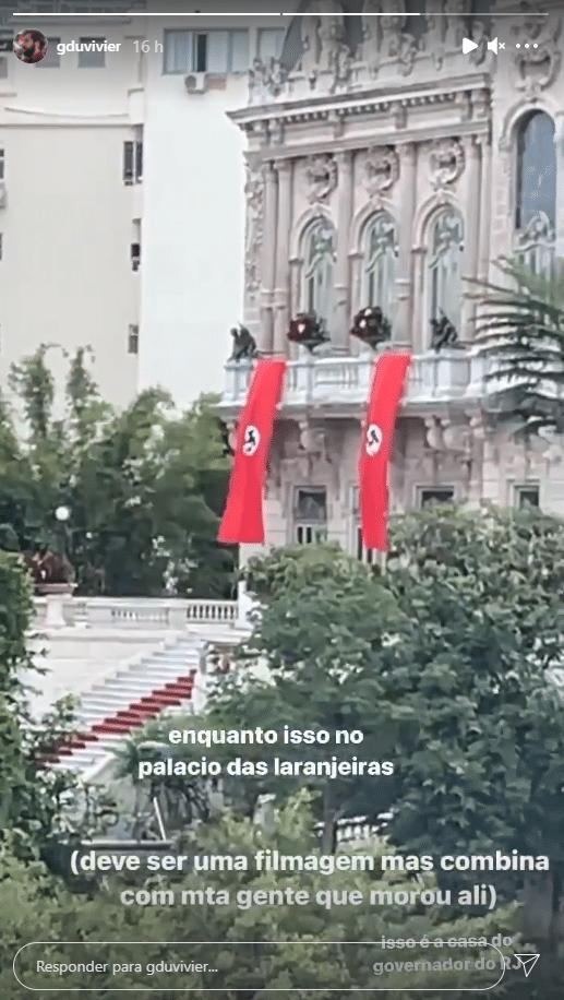 Humorista Gregorio Duvivier registra imagem das faixas nazistas (foto: Reprodução/Instagram)