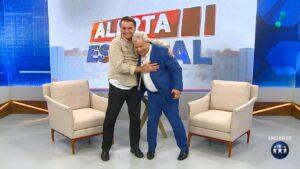 Programa especial de Sikêra Jr. com Jair Bolsonaro turbinou audiência da RedeTV! (foto: Reprodução/TV A Crítica)