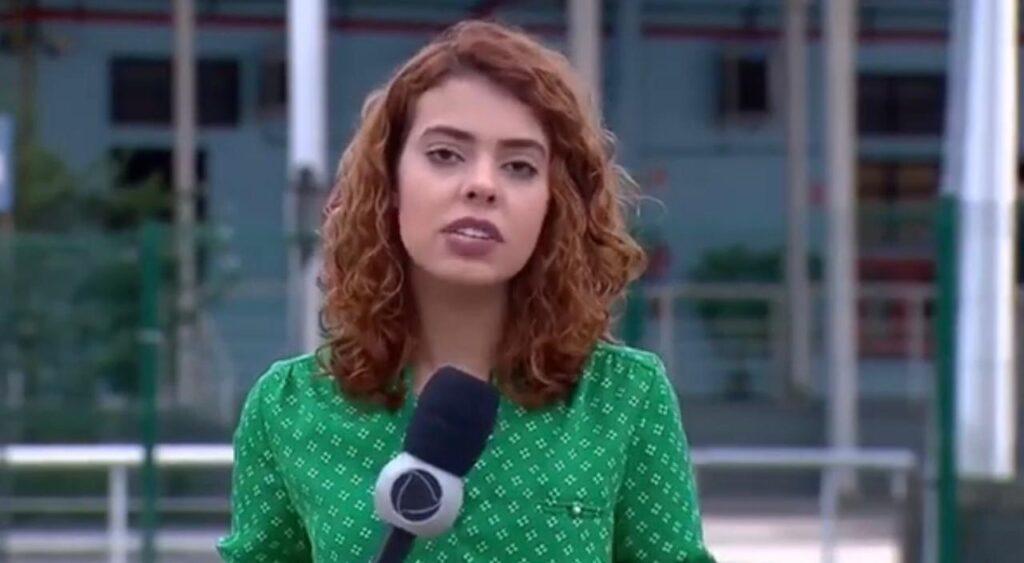 Amanda Gomes foi repórter da Record no Rio de Janeiro e tem feito sucesso como tiktoker (foto: Reprodução/Record)