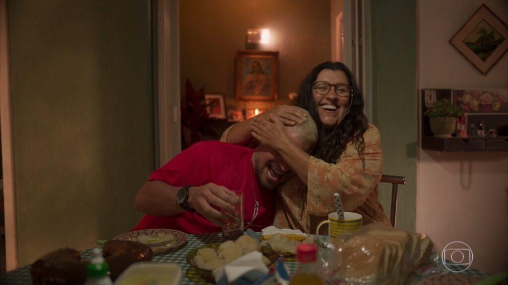 Amor de Mãe chegará ao fim quase 17 meses depois de seu primeiro capítulo (foto: Reprodução/TV Globo)