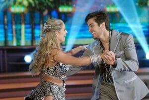 Rodrigo Simas venceu a edição de 2012 da Dança dos Famosos (foto: Reprodução)