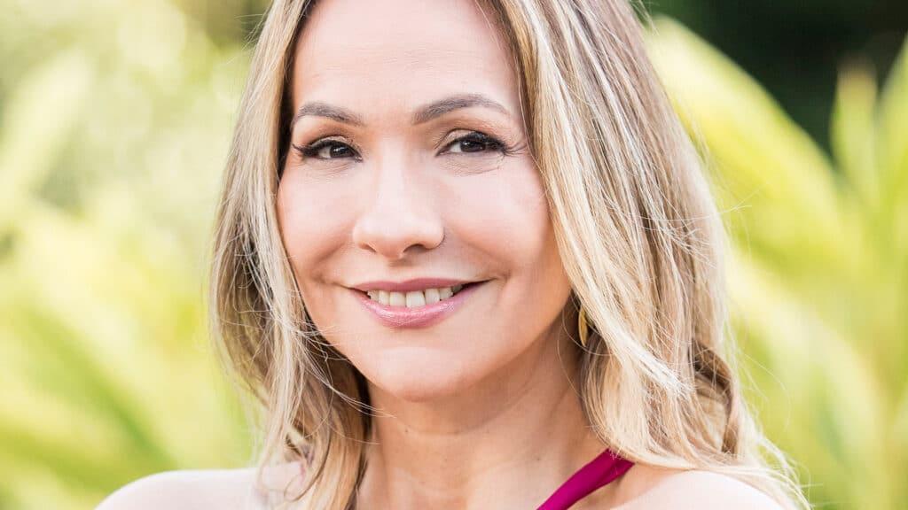 Maria Beltrão comanda a transmissão do Oscar 2021 no G1 e depois na Globo (foto: Reprodução)