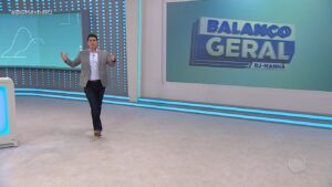 Wagner Montes Filho é o apresentador do Balanço Geral Manhã no RJ, cenário do telejornal desabou na sexta-feira (foto: Reprodução/Record Rio)