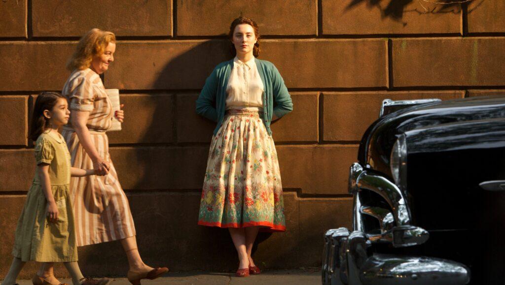 Brooklin: Um Amor Sem Fronteiras é o filme da Sessão da Tarde nesta terça, 20 de abril (foto: Divulgação)