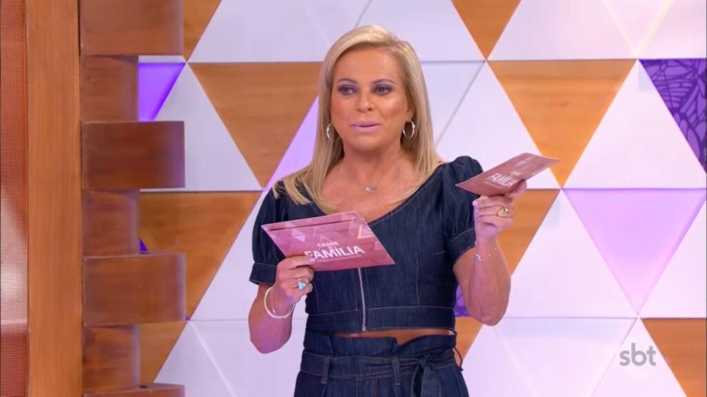 Christina Rocha no Casos de Família de 29 de abril: programa salvou a audiência do SBT (foto: Reprodução/SBT)