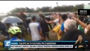 Equipe da TV Cultura é agredida por apoiadores de Jair Bolsonaro (foto: Reprodução/TV Cultura)