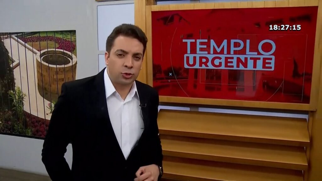Renê Simões é o apresentador do Templo Urgente, versão evangélica do Cidade Alerta (foto: Reprodução/IURD)