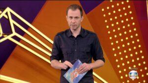 Tiago Leifert apresenta o BBB 21: Globo liberou conteúdo do reality nas redes sociais (foto: Divulgação/TV Globo)