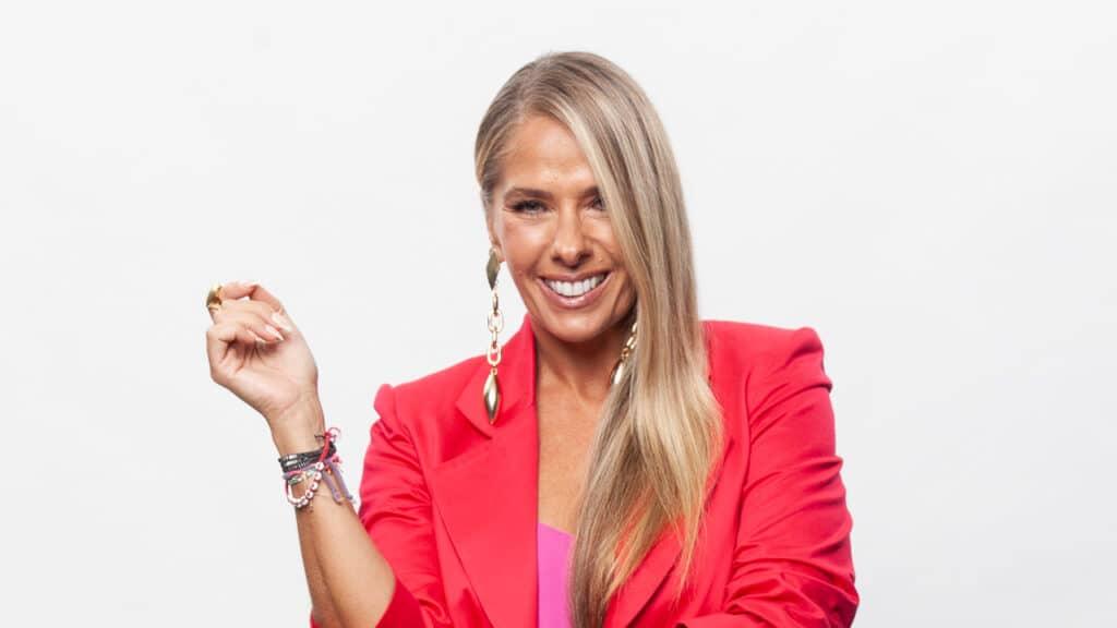Adriane Galisteu comanda a nova temporada de Power Couple Brasil