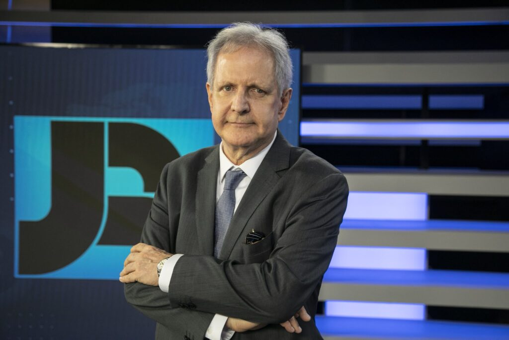 Augusto Nunes ocupa cargo de diretor de redação do portal R7, da Record (foto: Edu Moraes/Record)