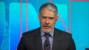 William Bonner surge de barba no Jornal Nacional (foto: Reprodução/Globo)