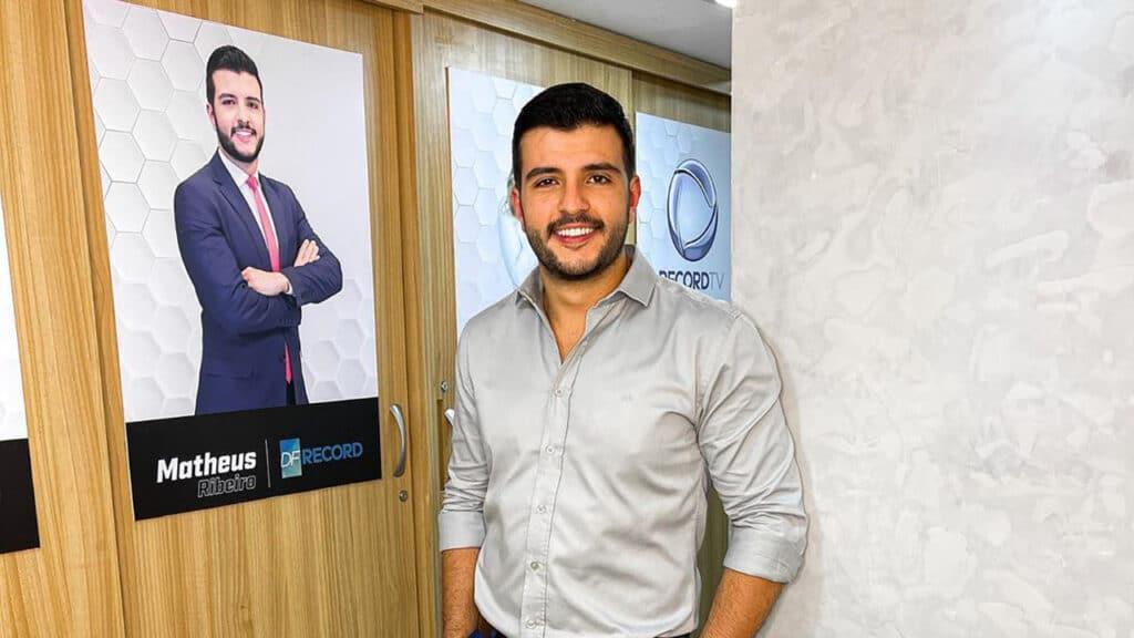 Matheus Ribeiro participa de campanha do WhatsApp (foto: Reprodução/Instagram)